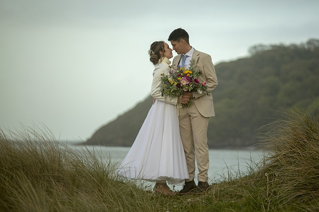 Oxwich Bay Hotel – the perfect place for this Welsh wedding photographer to start the wedding season!